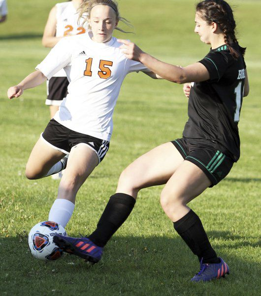 Bobcats claw past Elks in regionals