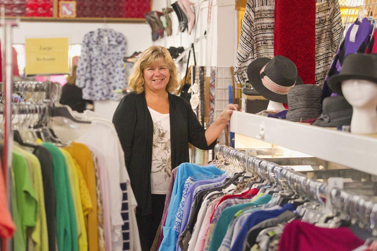 TOP DRAWER RESALE CLOTHING