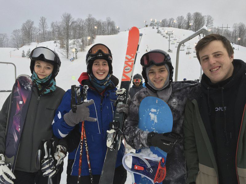 Reversing roles: Students earn downhill instructor certification through school curriculum