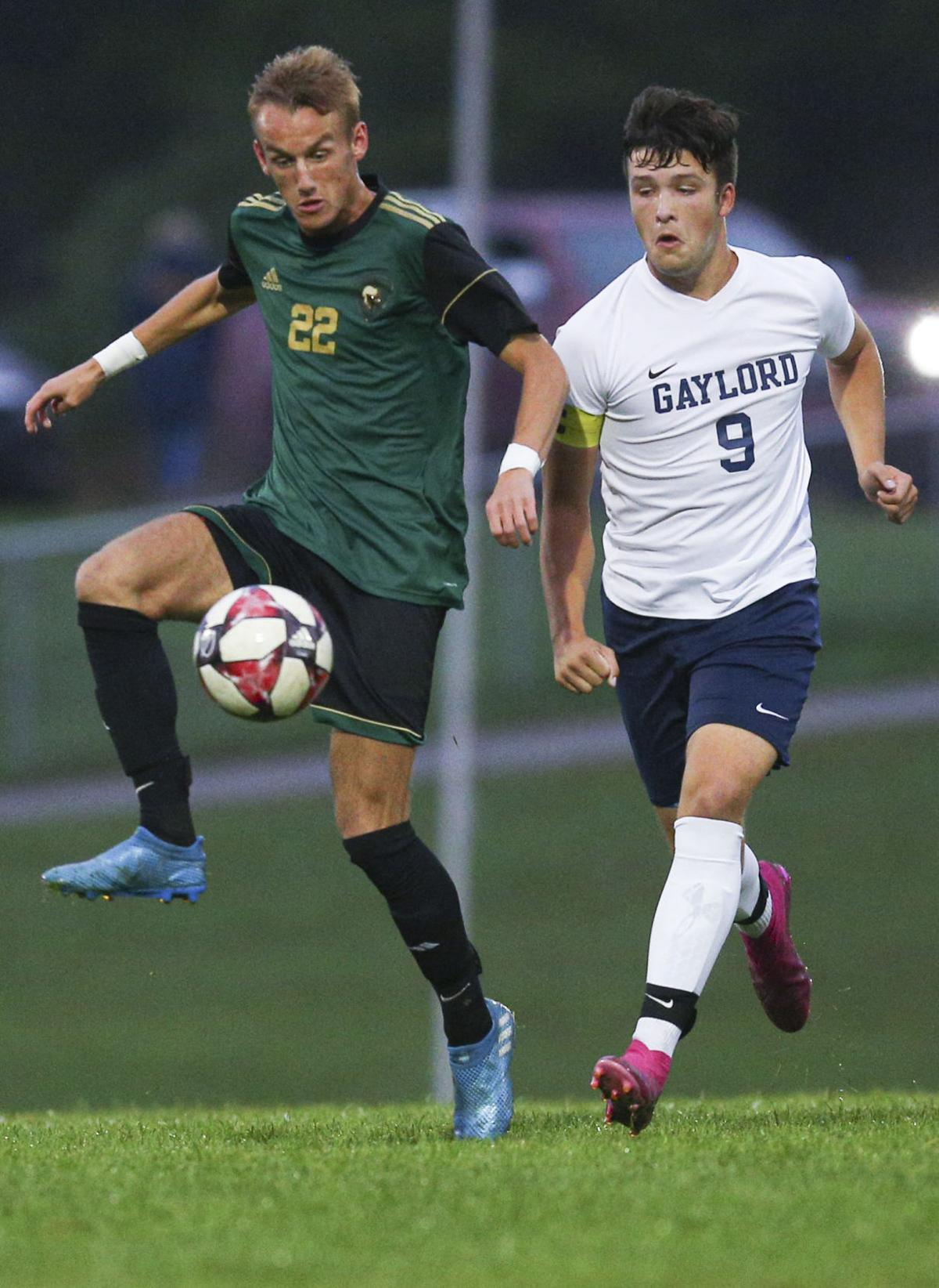 tcr-100219-TCwestsoccer 1