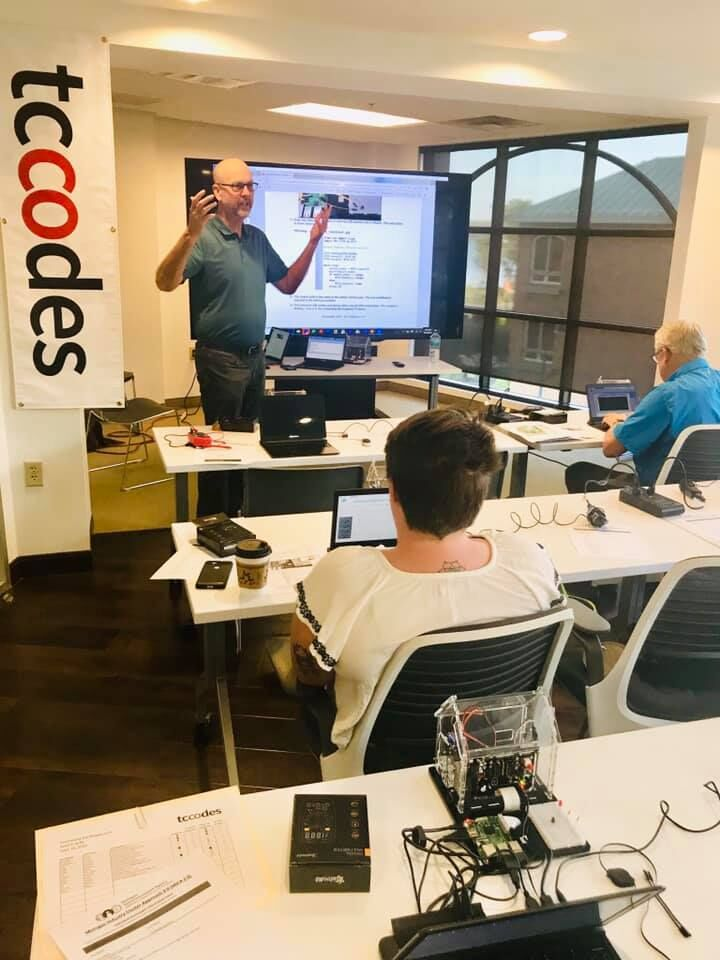 Keith instructing a tccodes class.jpg
