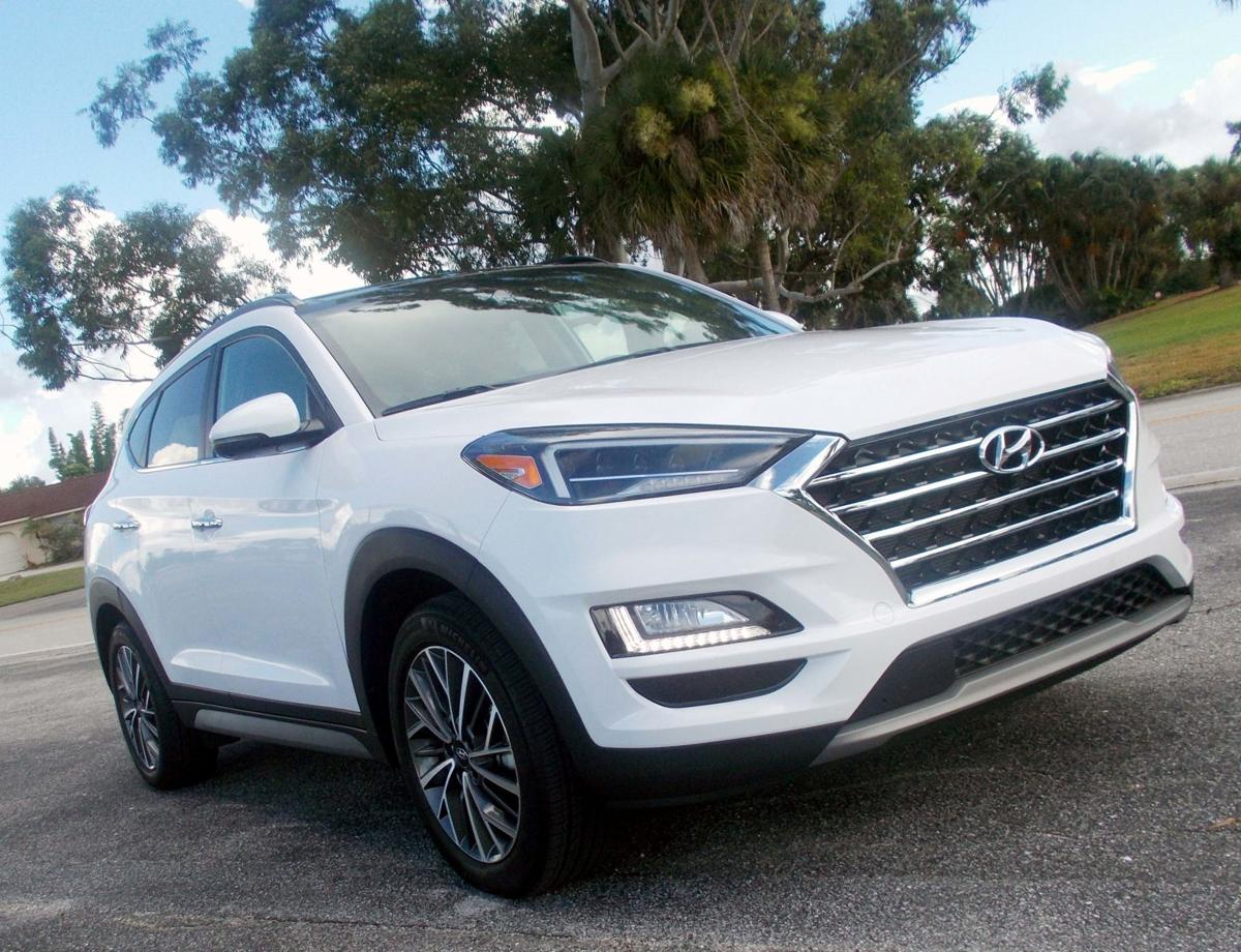 2019 Hyundai Tucson exterior front passenger.jpg