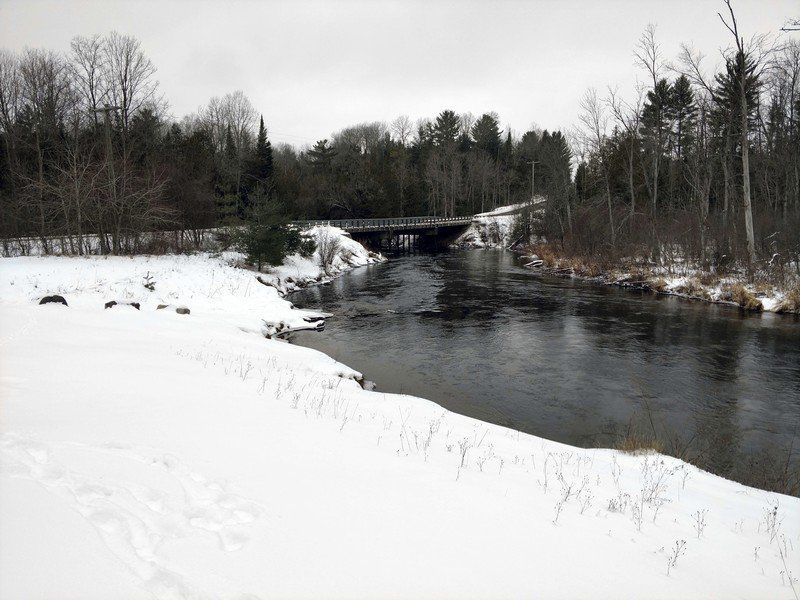 """Remembering 'Rainbow Jim"""": Manistee River fishing guide recalled as colorful local character"""