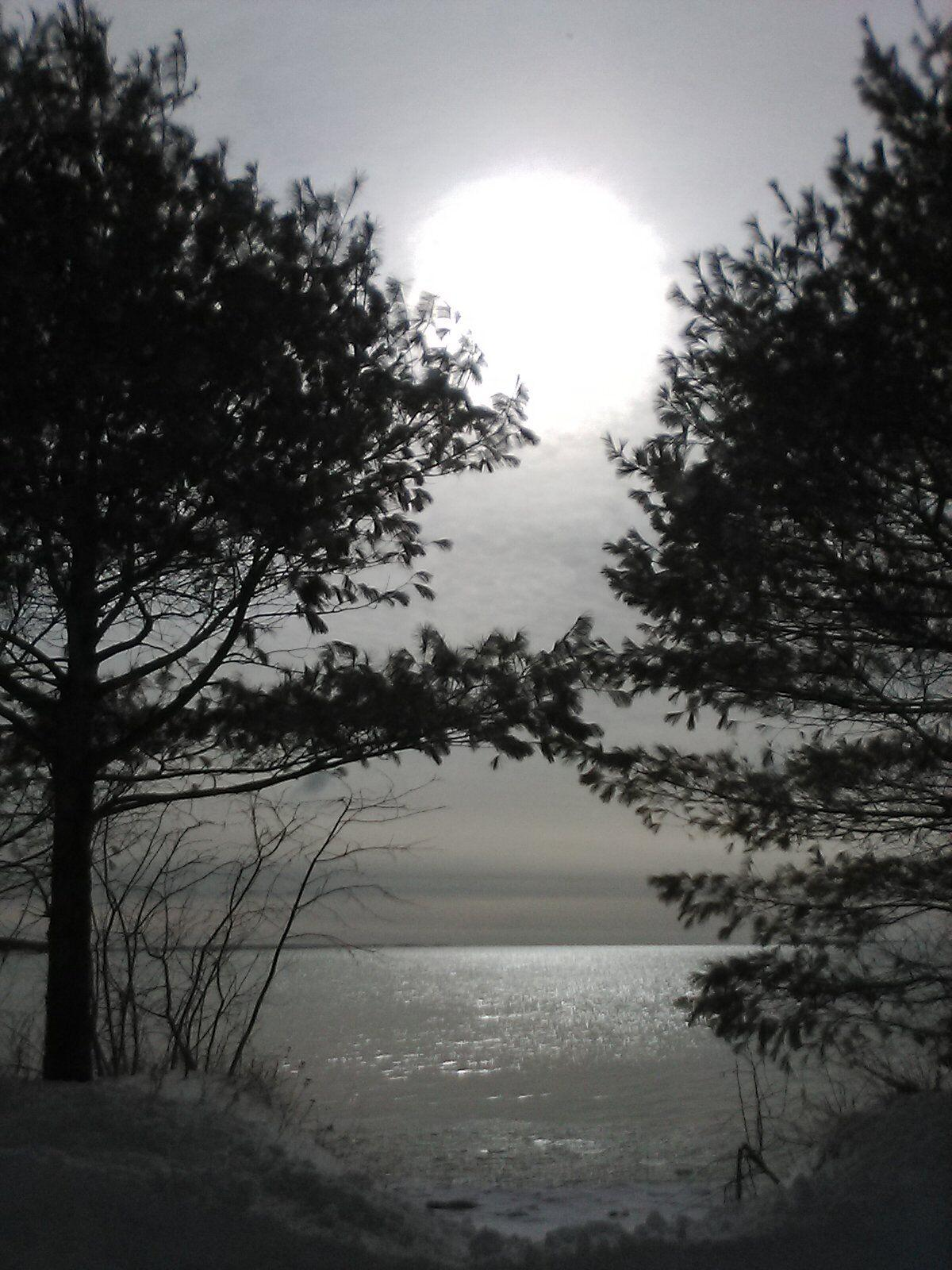 goeyes042921Peek over sunrise in Northport. Photo by Dick Collins..jpg