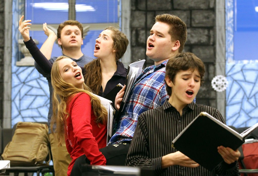 CHORAL AIRES REHEARSAL