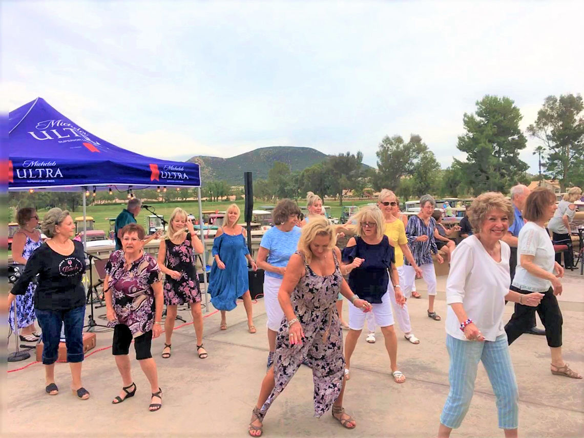 Dancing and dining at Music Under the Stars | Sun Lakes Life