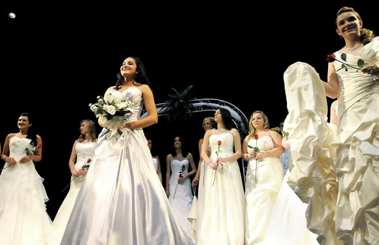 4df084f603 Nearly 600 attendees and 140 brides attended the 13th annual event
