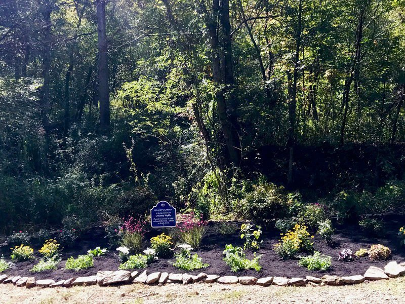 Local hiking friends plant memory garden | News | register