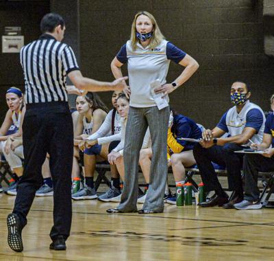 Basketball brings Kowalska, Kjaerholt together
