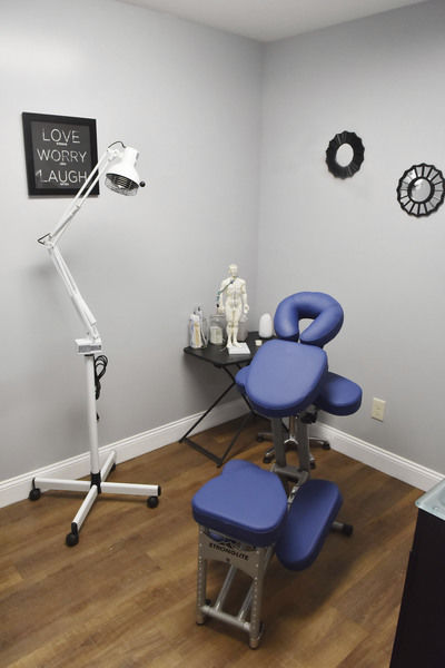 New acupuncture clinic hopes to bring relief to the masses