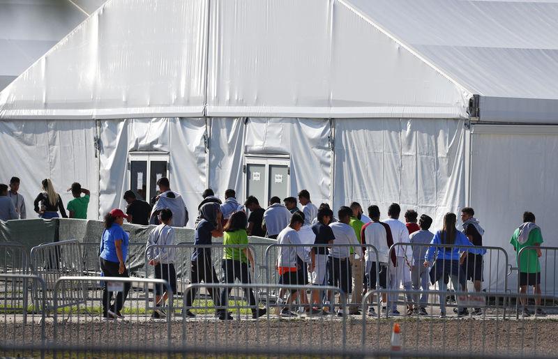 US watchdog: Separated migrant children suffered trauma