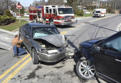 Four transported to hospital after vehicle accident in Beckley