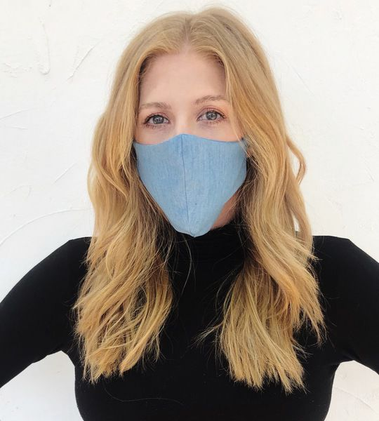 Fashion Designer Starts Mask Making Project Workers Keep Jobs And Help Health Care Sector Health Register Herald Com