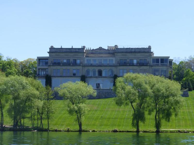 Riding the Lake Geneva mailboat in Wisconsin   Life   register