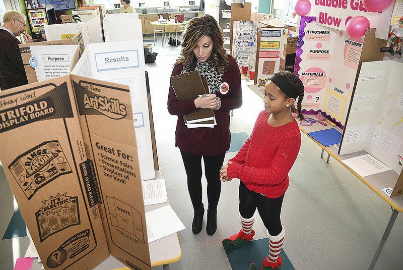 Ridgeview Elementary hosts first STEM fair