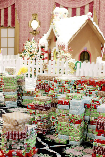 Dream Tree for Kids distributes $1 million worth of gifts