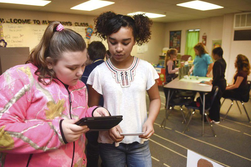 Oak Hill middle school students use STEAM initiatives to act out scenes from classic story