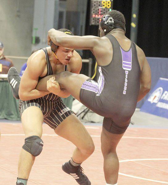 VanCamp, Hart advance to state quarterfinals