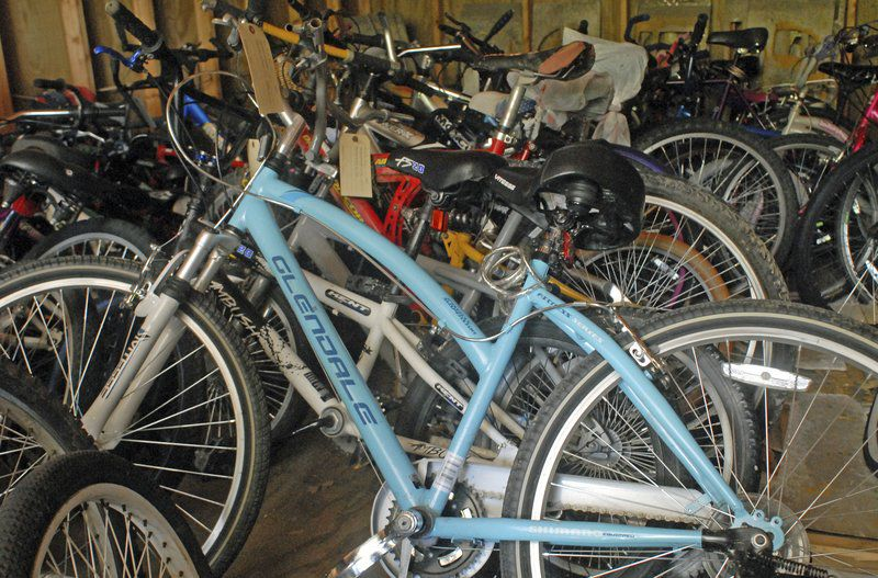 City sells 'found' bicycles