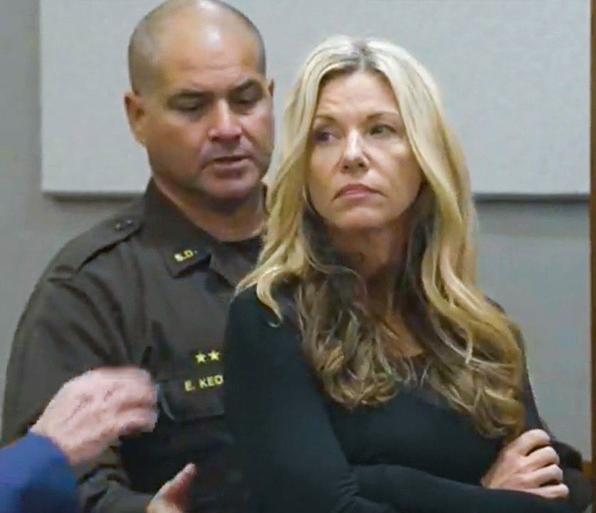 Lori Vallow appears in court, fights extradition