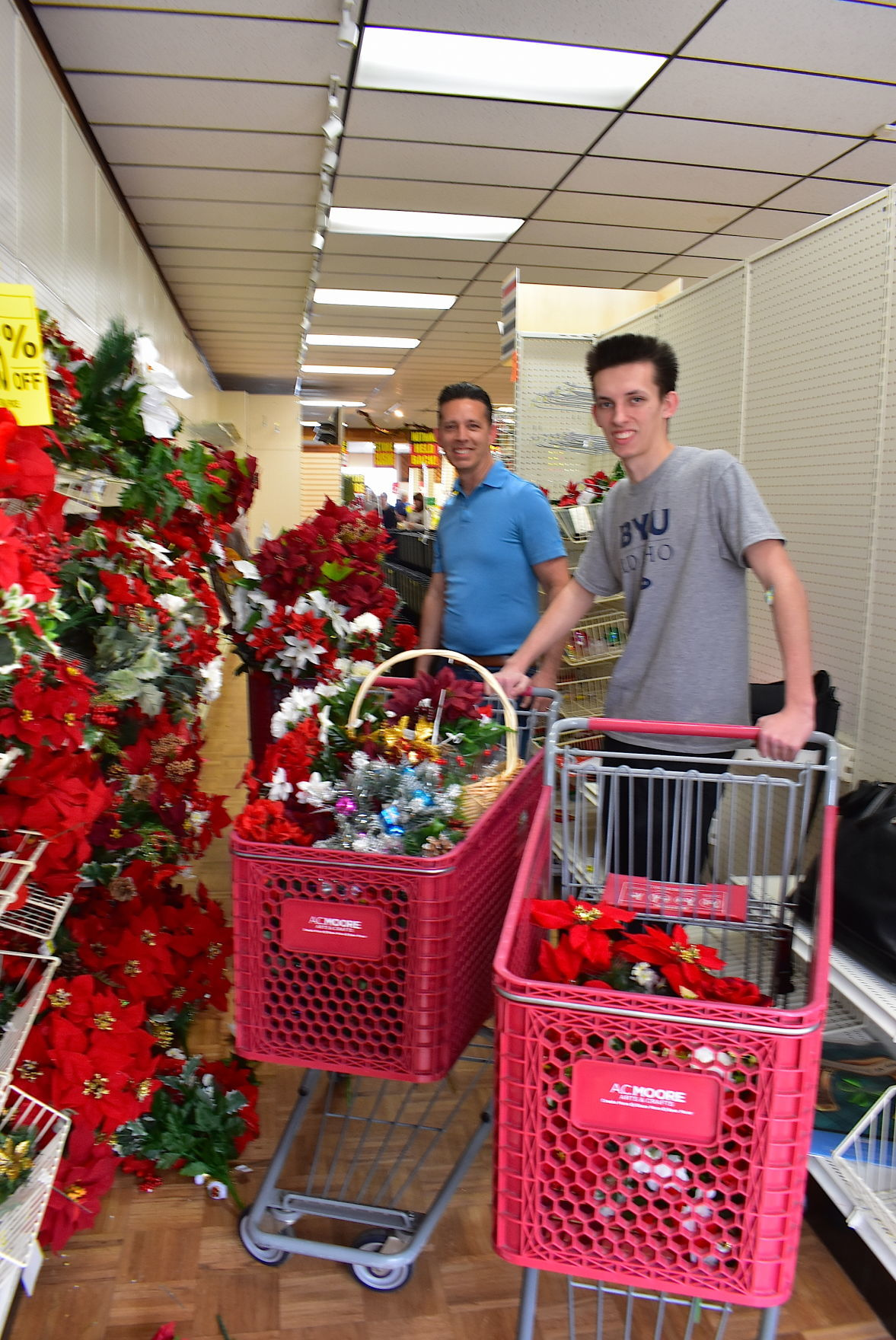 A.C. Moore held final shopping day on Monday