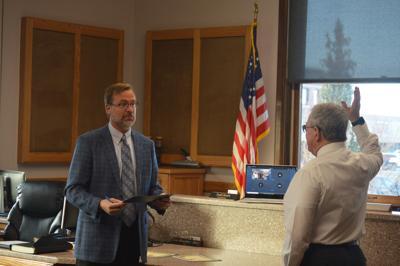 Doug Smith being sworn in