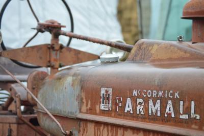 tractors5.JPG
