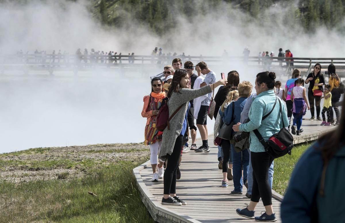Yellowstone National Park Tourist / Tourism File