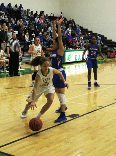 LADY EAGLES BEAT CLEVELAND FROM BEYOND THE ARC, ADVANCE
