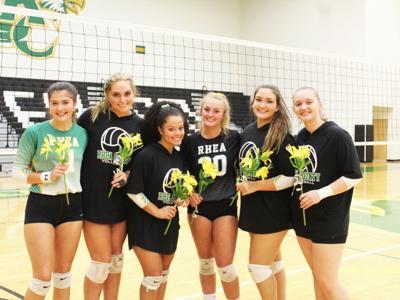 RCHS volleyball celebrates senior night, has 4-0 week
