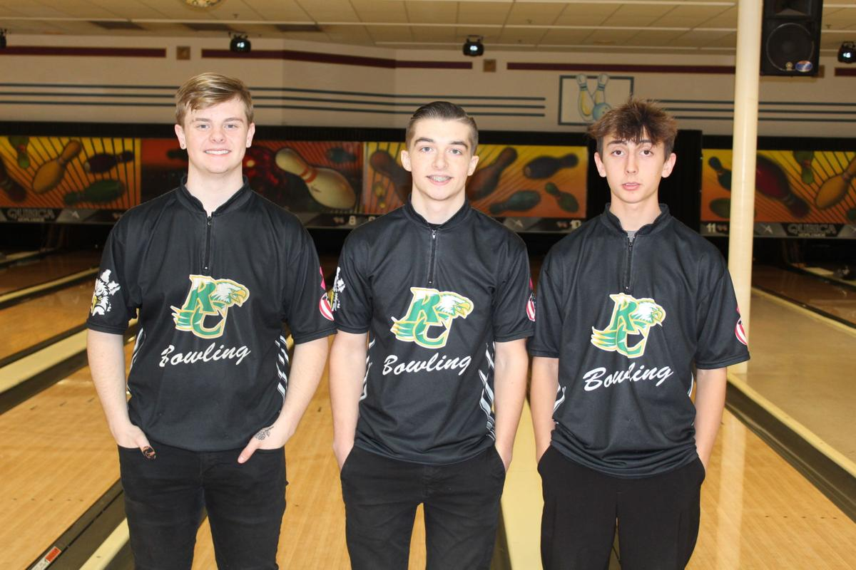 EAGLE BOWLERS WIN DISTRICT