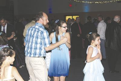 Dayton Rotary to host annual Daddy/Daughter Dance