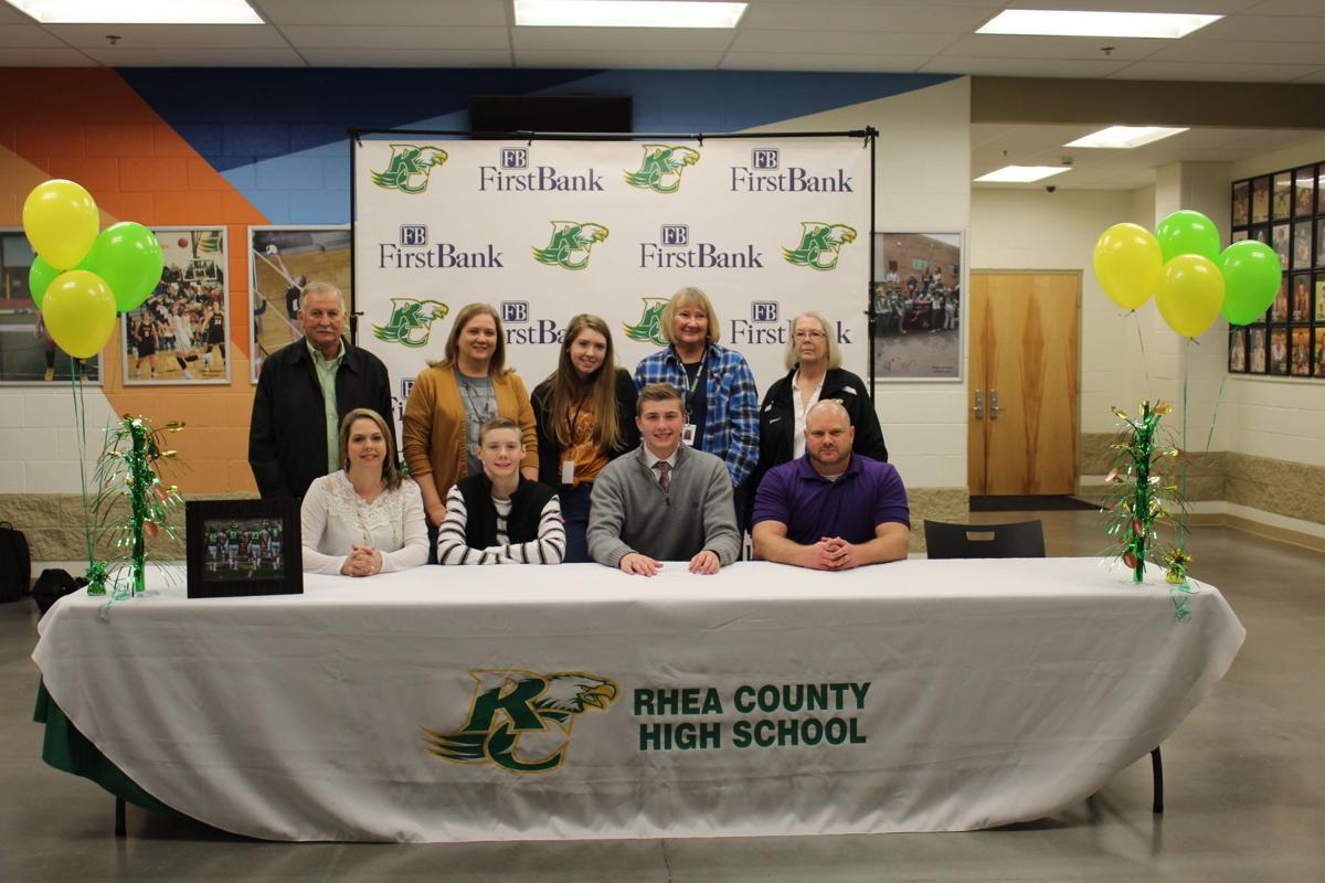 EAGLE FOOTBALL PLAYERS INK PAPERS