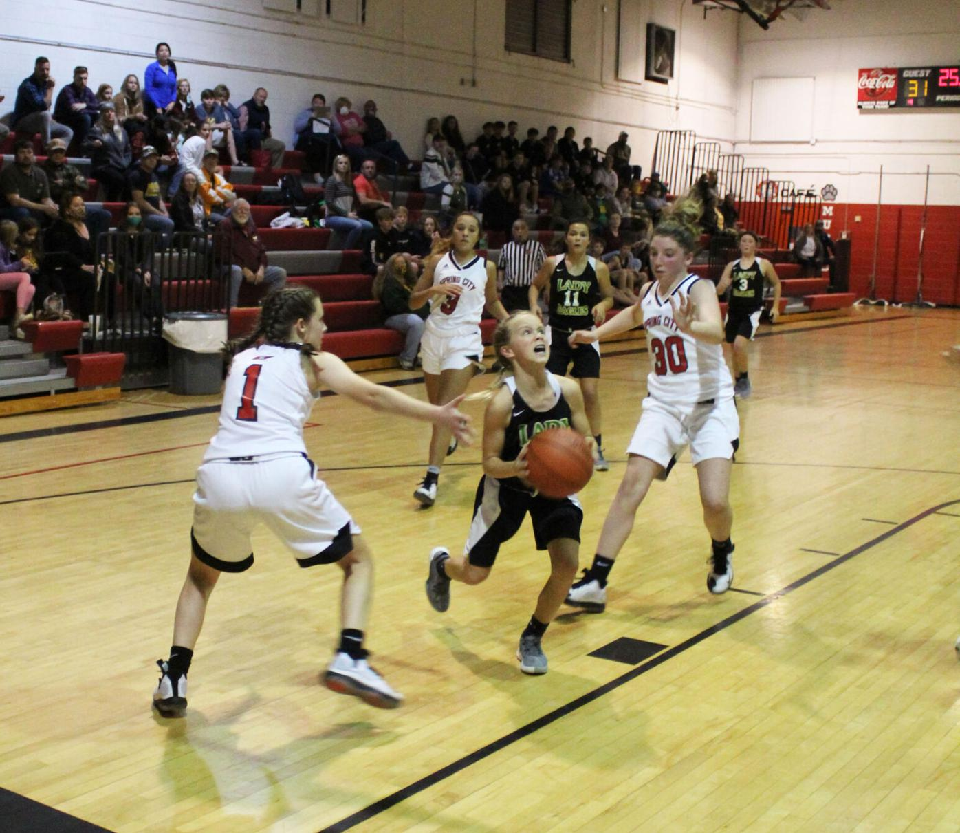 RMS/SCMS HOOPS MATCHUP ENDS IN SPLIT