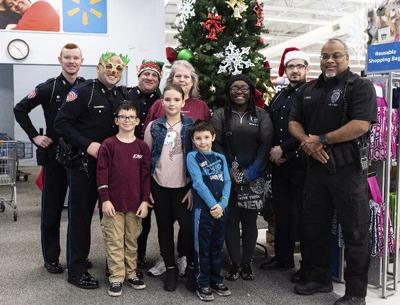 Berea families celebrate Christmas with a cop