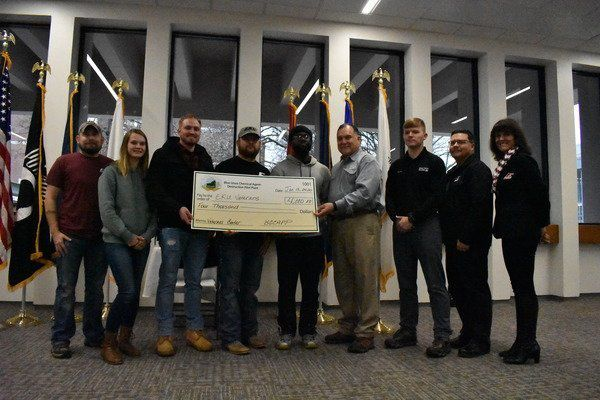 EKU veterans office receives donation