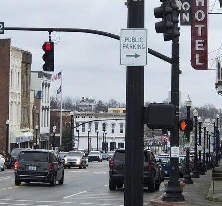 City puts up signs for public parking