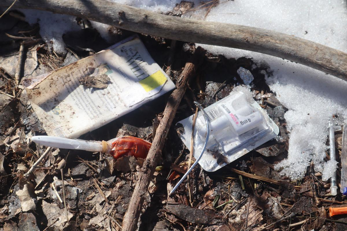 Heroin next to narcan