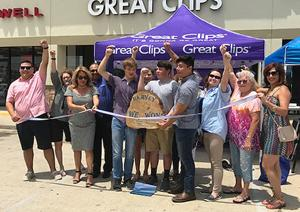 'Harvey We Won' ribbon cutting - Great Clips