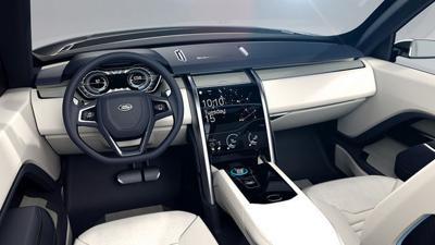 Modern cars are ripe targets for hackers, senator warns