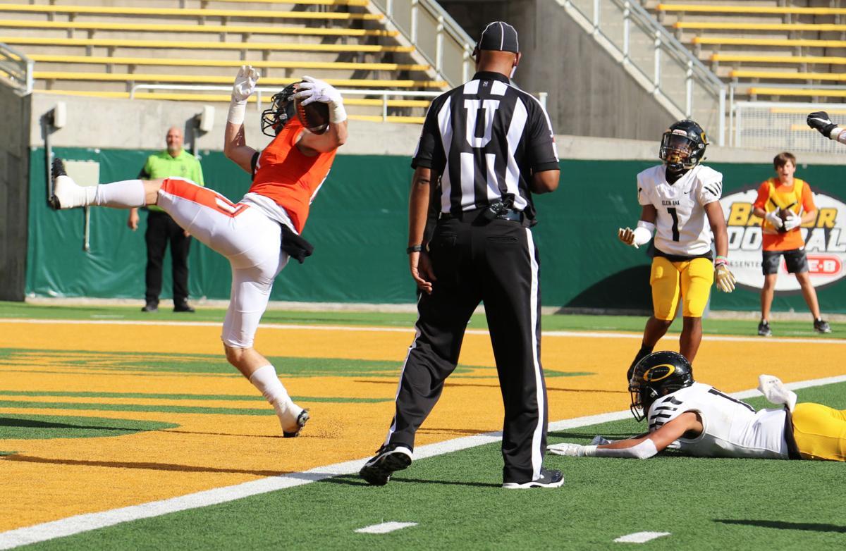 Henry touchdown run
