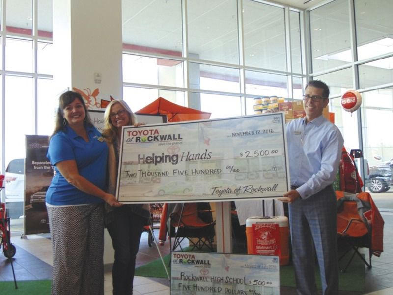 Toyota Of Rockwall >> Toyota Of Rockwall Works With High Schools In Food Drive Local
