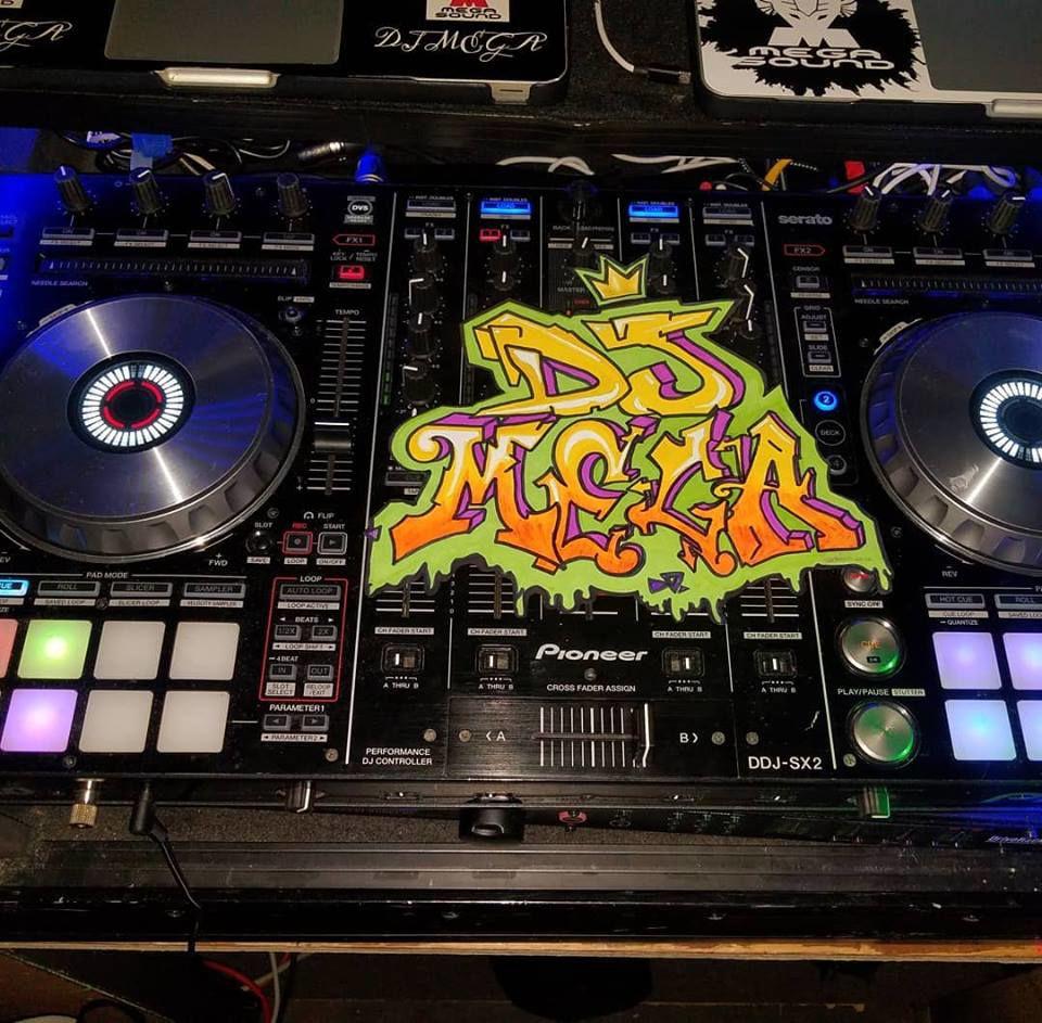 DJ mega