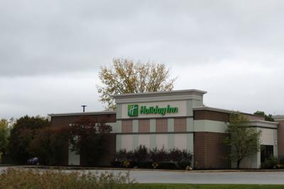 Town allows Holiday Inn to reopen