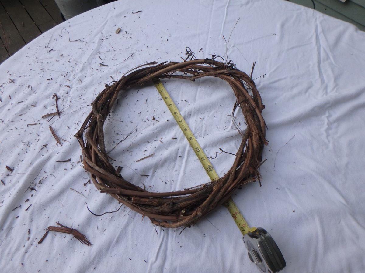 0321 MAG_Wreath base ready for twigs.jpg