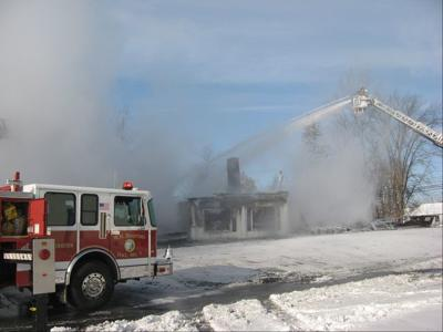Fire Destroys Bennington Furniture Store News Rutlandherald Com