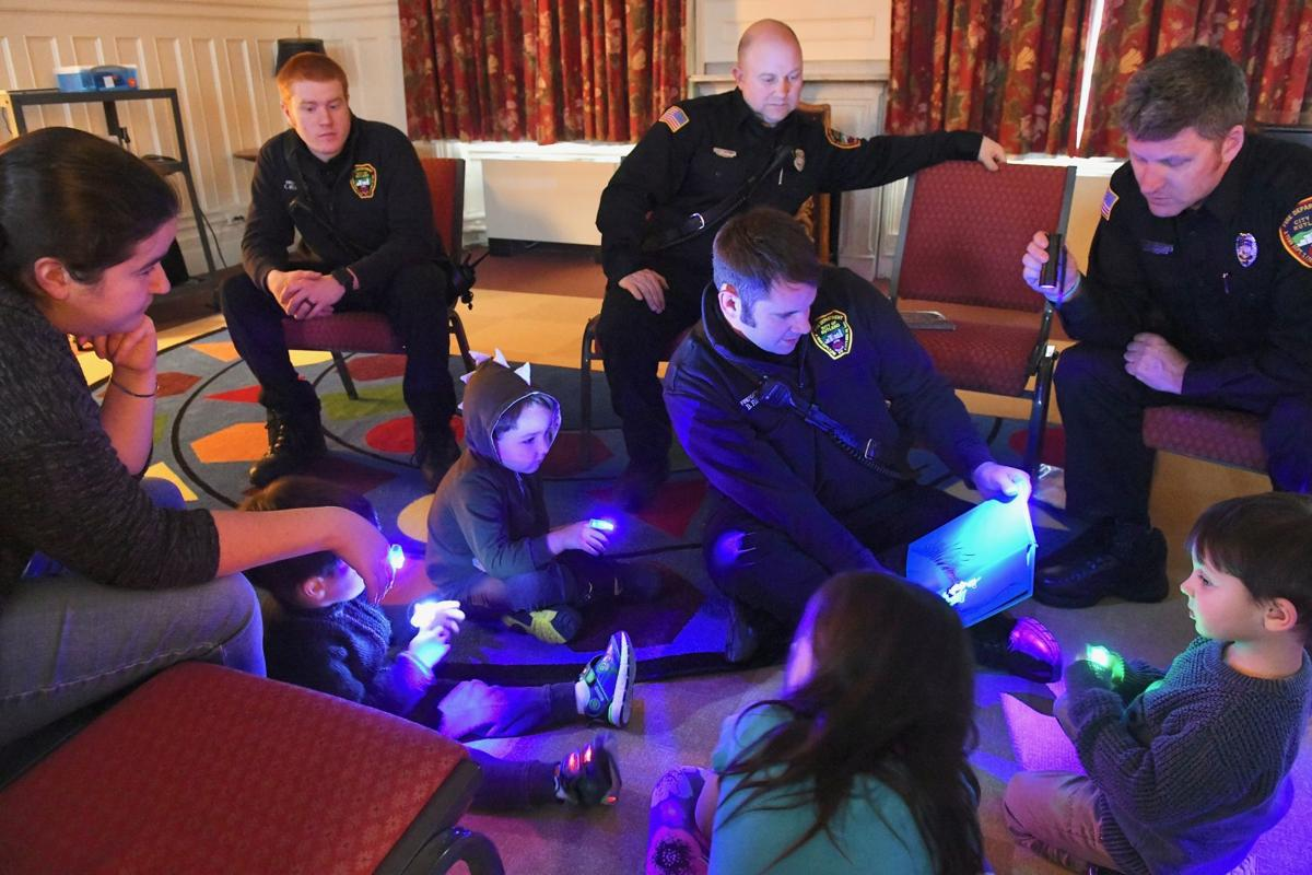 New Year's Eve party for families hosted at library