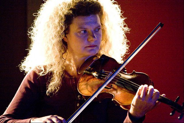 Native Vermont violinist plays it all – classical, avant-garde and