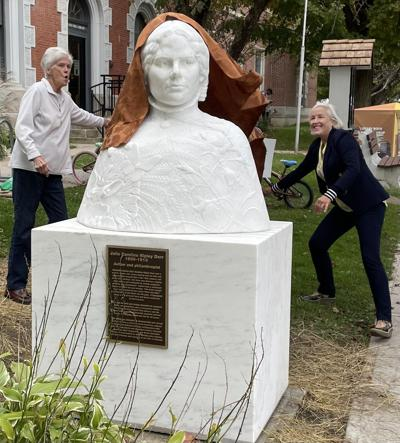 Dorr sculpture