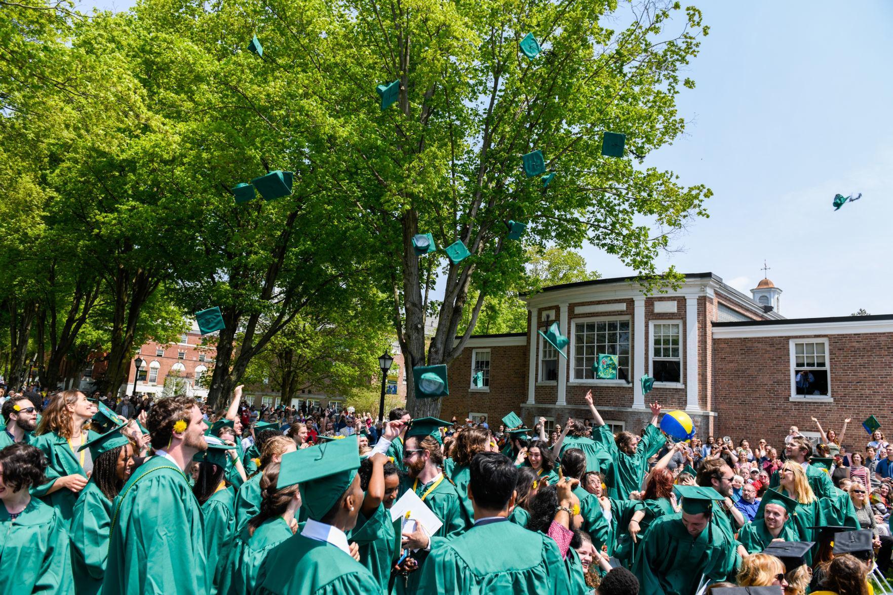 Green Mountain College >> Green Mountain College Celebrates Final Commencement